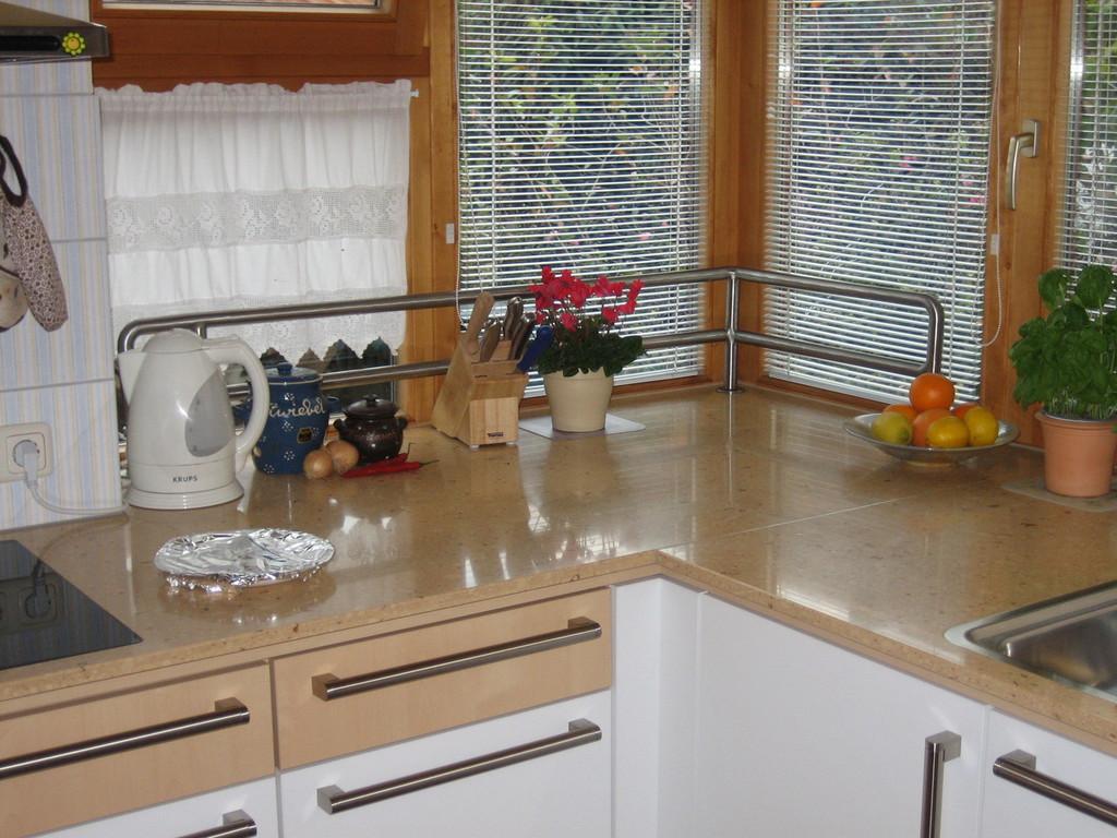 aus alt mach neu kuche top haus haus ideen gewaltig kche selber renovieren good kuche plant. Black Bedroom Furniture Sets. Home Design Ideas